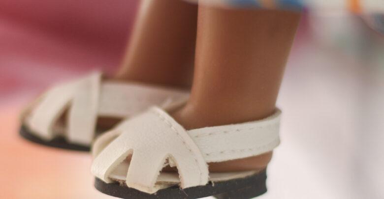 """Los zapatos de las muñecas son detalles que cuida """"Muñecas Gemi's"""""""