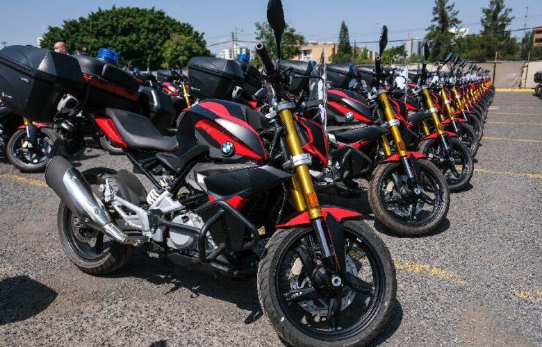 Entregan motos a Comisarías. Foto: Cortesía
