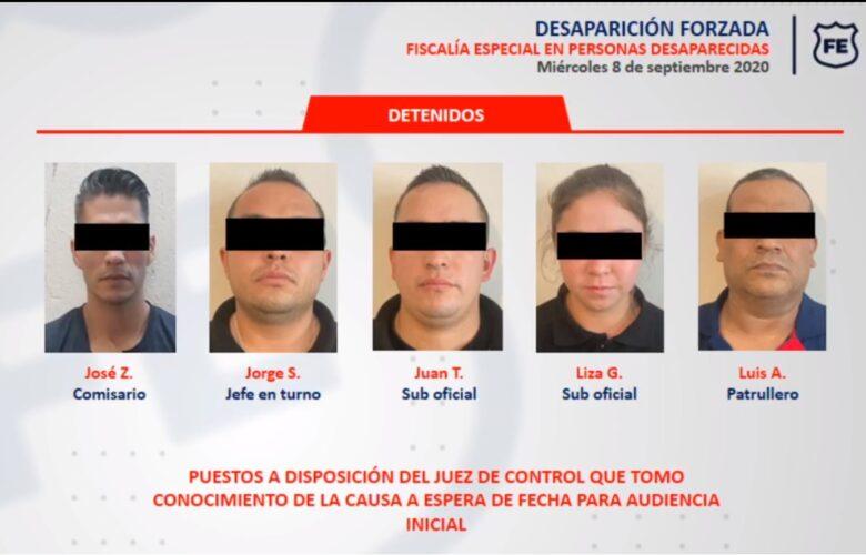 Policías detenidos en Atotonilco. Foto: Fiscalía.